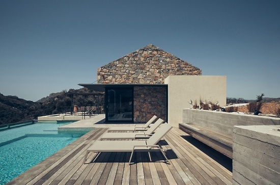 polyergo-cretan-summer-house-greece-designboom-2